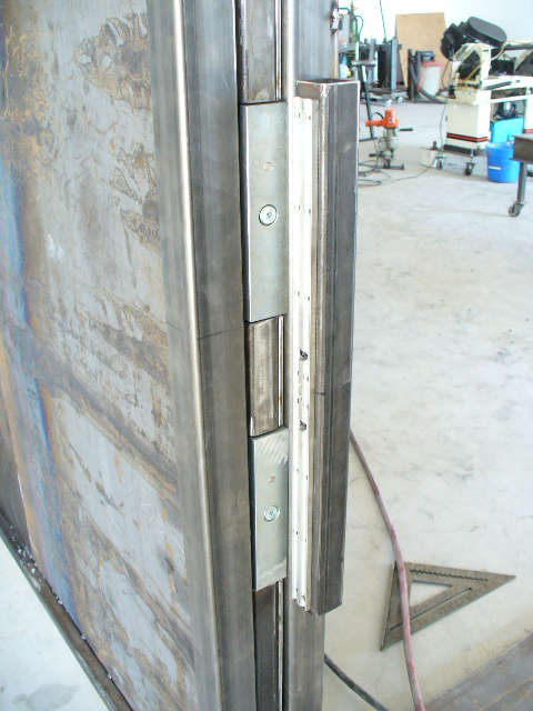 POCKET DOOR WITH MAGNETIC LOCKS