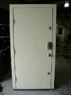 Door with electronic lock