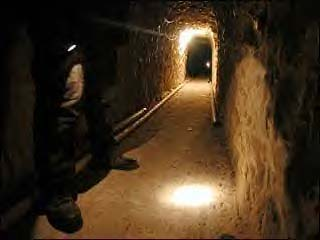 mexican drug tunnel